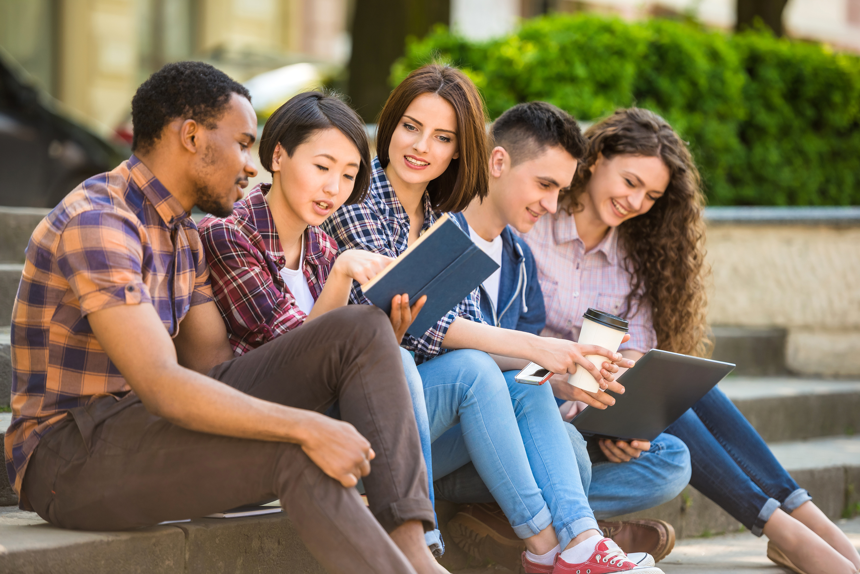 thesis on millennial students Literature on teaching and learning in college classrooms is reviewed and findings are discussed through a generational lens from assumptions about generations of students, recommendations for enhancing student learning--especially for millennial students.
